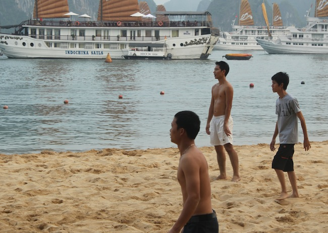 A Vietnamese guy playing beach football with equally sexy tourists at ?ảo Ti Tốp, Ha Long Bay, Vietnam. Pictures of his playmates to follow!